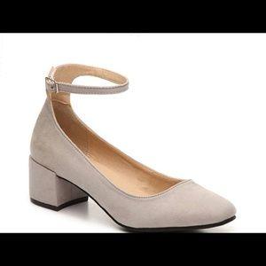 Chinese Laundry Mabel block heels